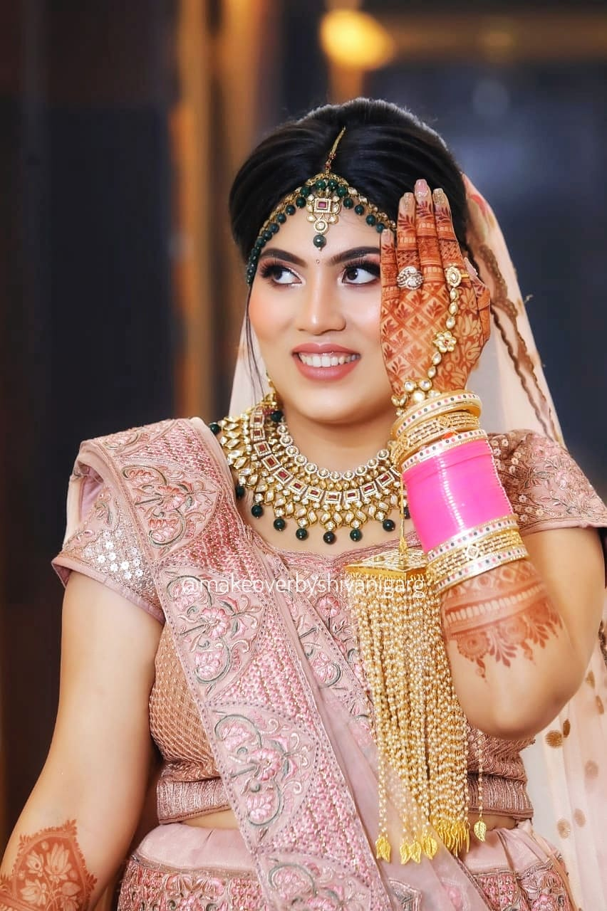 party makeup artist in south delhi